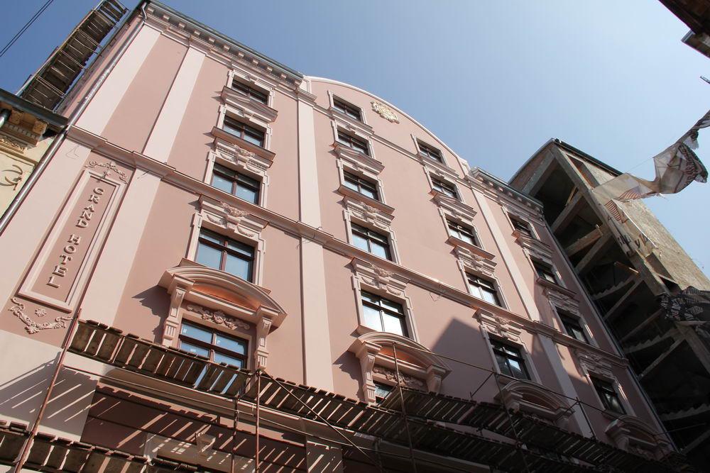 Гранд готель фасад