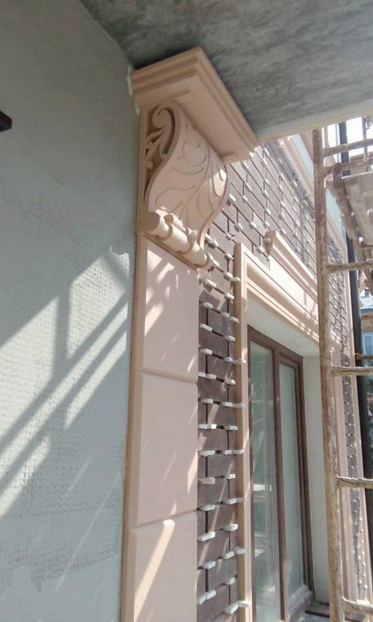 Консоль фасадна